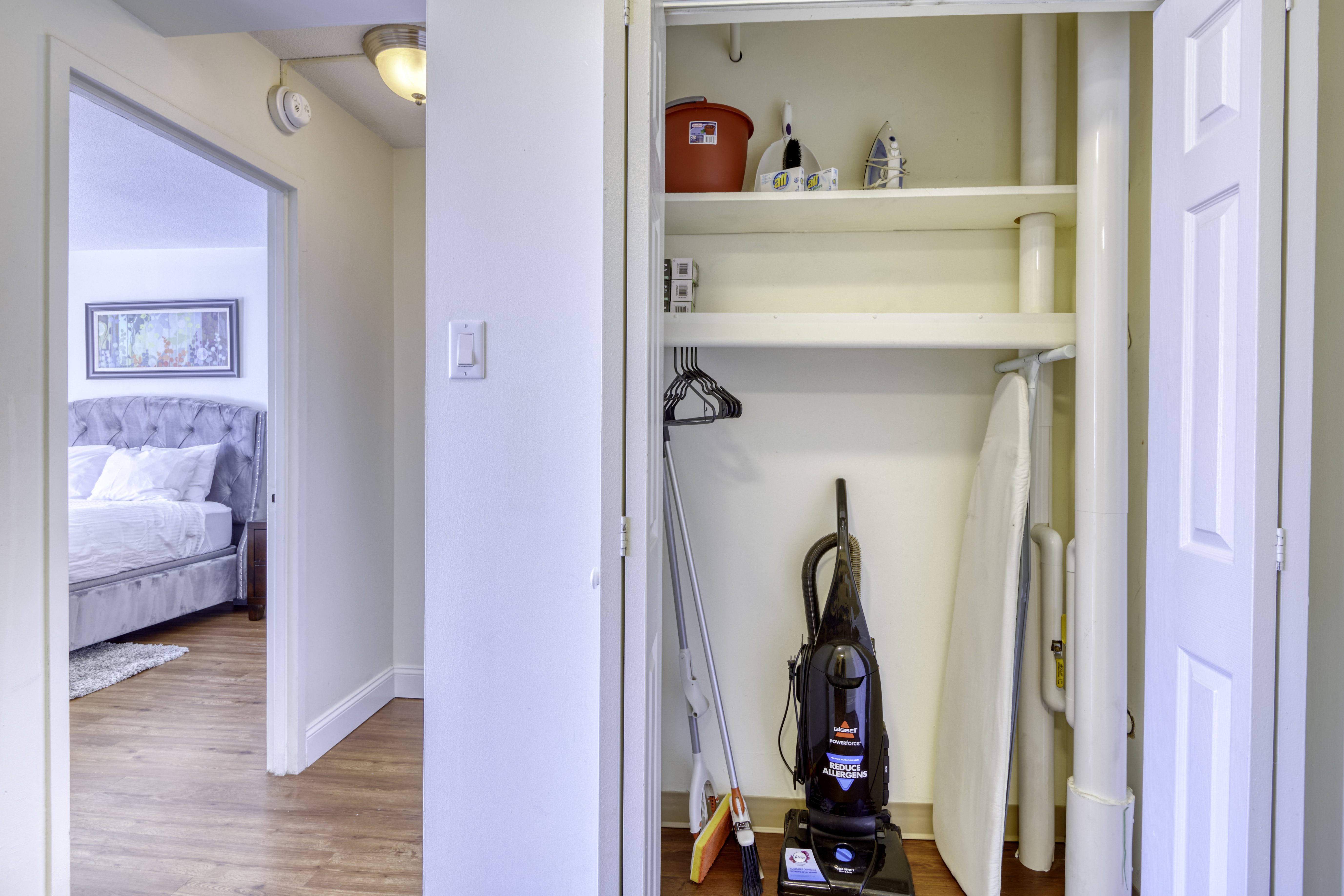 BV-1406-Closet-2