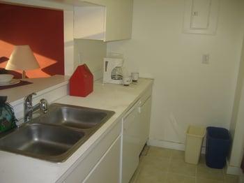 Biltmore 607-Kitchen-2
