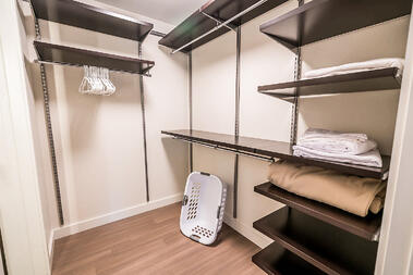 30-1408-Closet
